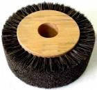 Brush with bristles on wooden bearing size 8 - fi150 X 35mm fi32