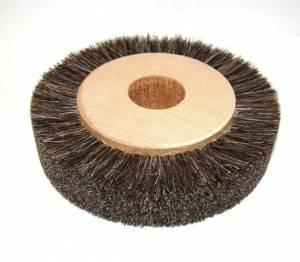 Brush with bristles on wooden bearing size 4 - fi150 X 35mm fi32